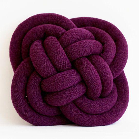 Turk's Head Notknot pillow in deep purple
