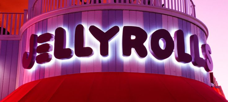 Dueling Piano Show - Jellyrolls at Disney Boardwalk. $12 cover charge (Cash only). Be there early to grab a table (standing room around 9pm).