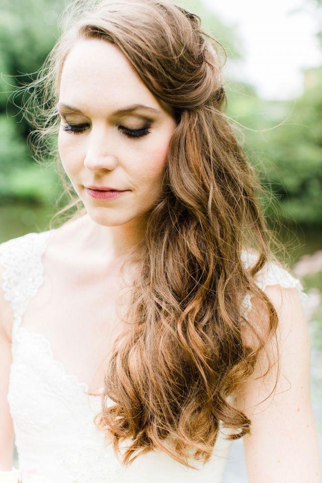 Bruidskapsel half los half vast ook gaaf