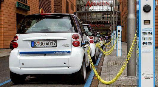 En el marco del vigésimo primero Congreso Mundial de la Energía del Hidrógeno, expertos de distintos países del mundo disertaron sobre los avances en la materia. Toyota y BMW, firmas a la vanguardia con el desarrollo de automóviles se hicieron presen
