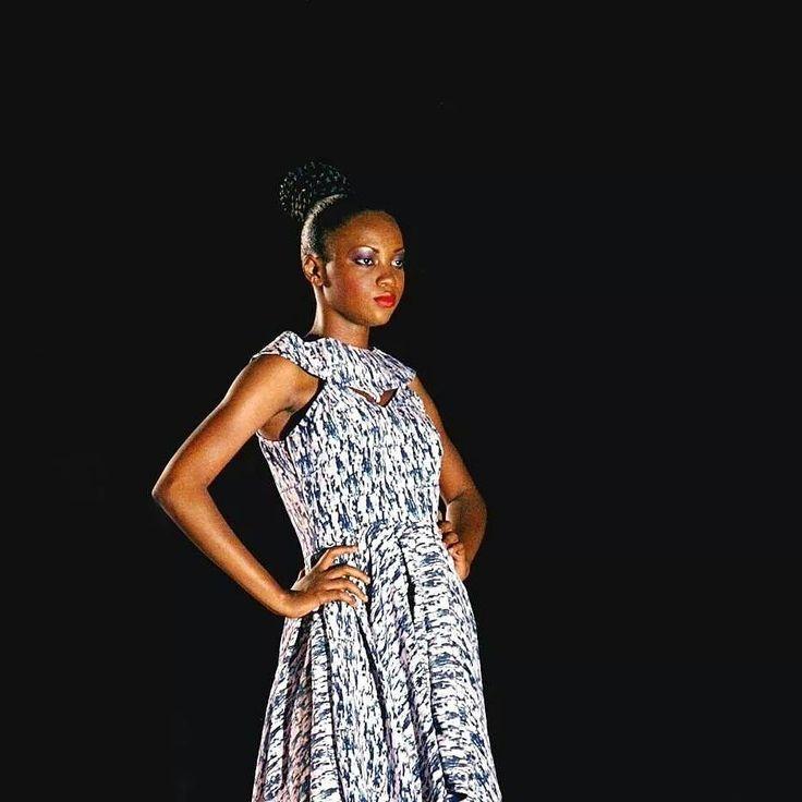 "Festival International de Sélingué Urban Music & MODE Collection ""Amouzou"" Styliste : PAPYVALERIE Modèle : Korotimi Berthe Copyright : Coralie Rabadan"