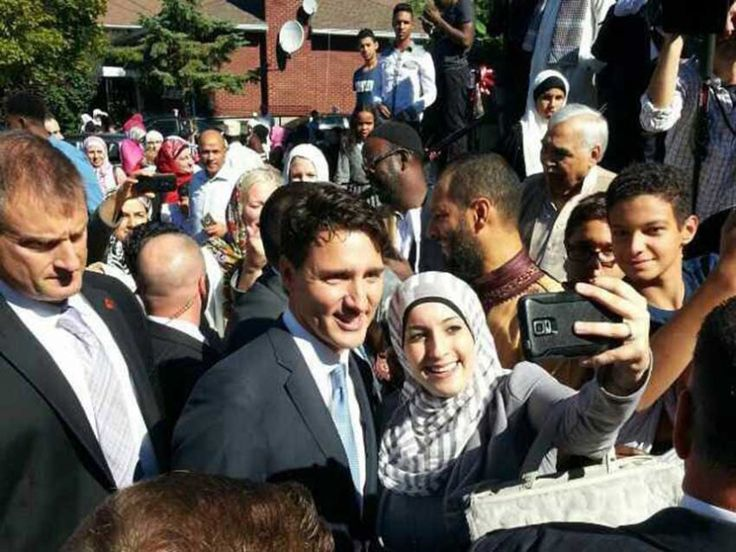 On September 12th, Prime Minister Justin Trudeau visited the Ottawa Muslim Association (OMA) for Eid al Adha prayers.