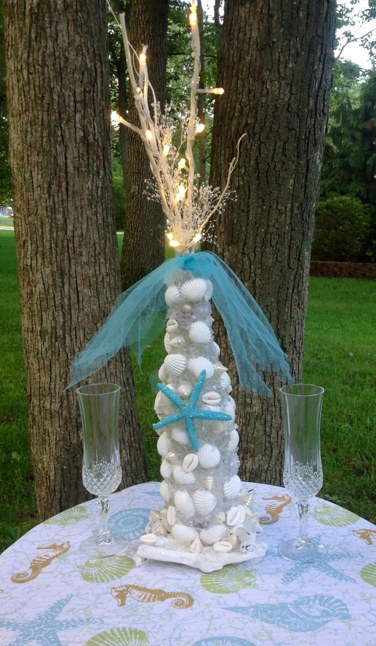 beach themed wedding decorations 17 best images about wedding sea shell bouquets 1558