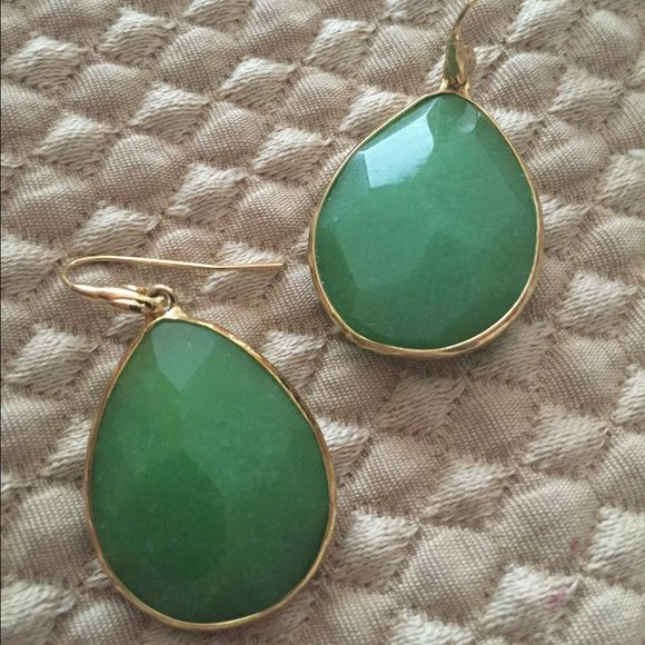 Stella and Dot earrings Gently used Stella and Dot earrings. Good condition. No box. Stella & Dot Jewelry Earrings