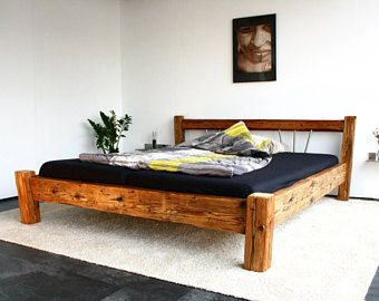 Bett -- Designmöbel aus antikem Holz --180 x 200