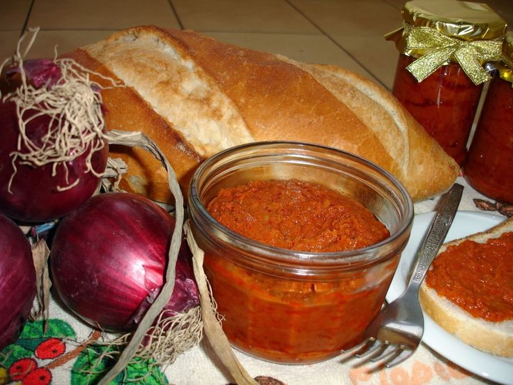 Reteta culinara Zacusca de fasole din categoria Retete de post. Cum sa faci Zacusca de fasole