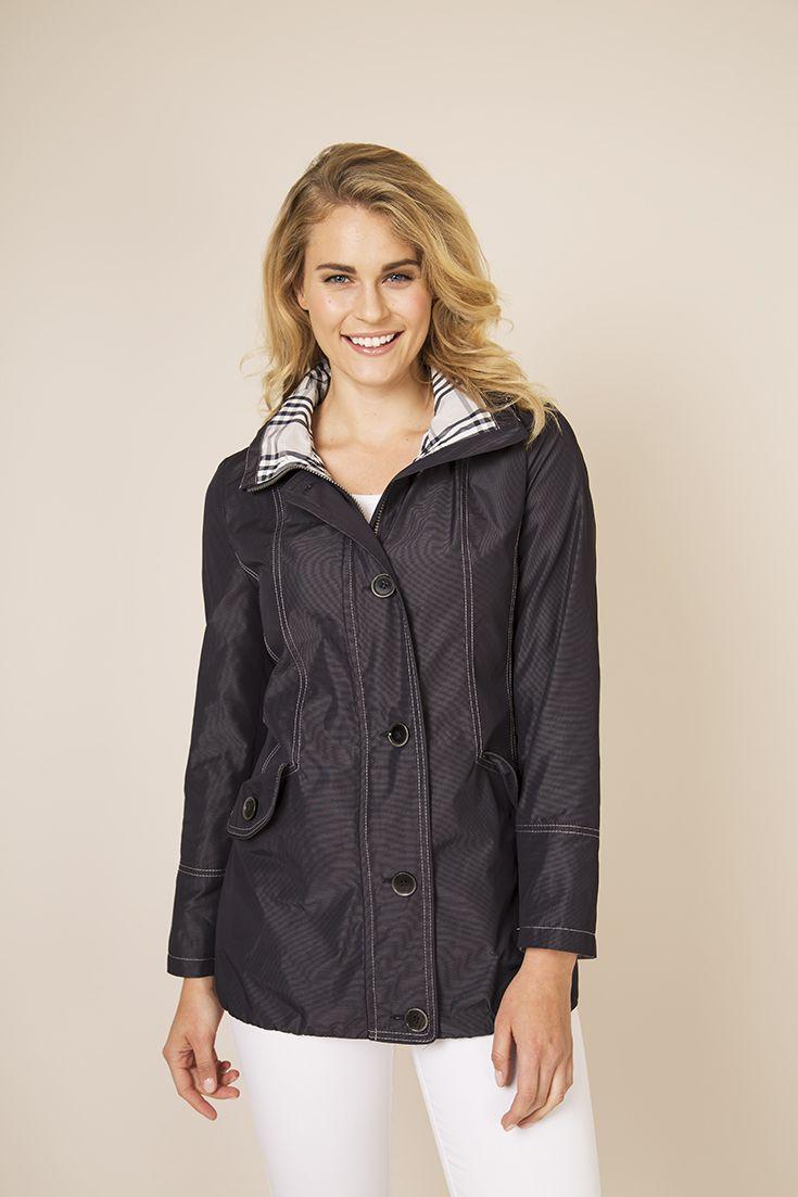 Dixi Coat takki vyöllä 179,95€