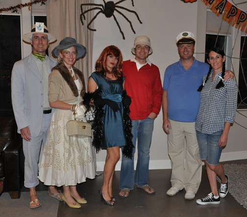 Vintage TV costume party!