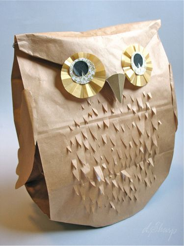 Paper-bag owl. I thought this would be cute Christmas wrapping for kids. I wonder what other paperbag animals could be made? i have an abundance of paperbags.