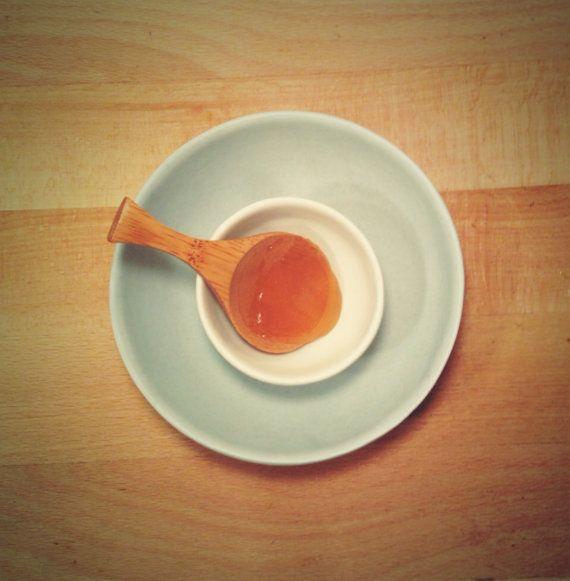 100% Raw Manuka Honey by FoxandBowOrganics on Etsy, $12.50