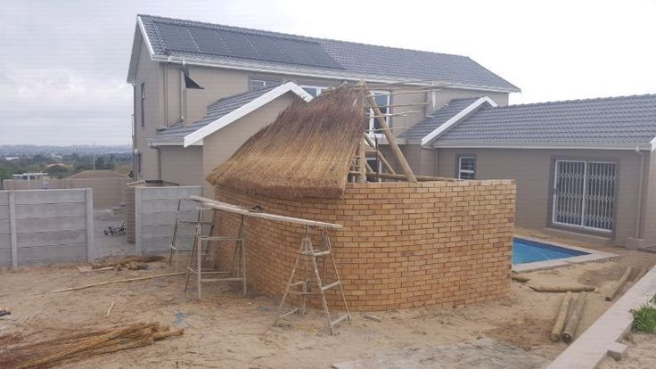 Welcome too..  Traditional Thatch Roofs   We are a member of Thatchers Association of South Africa with very competitive rates and high qua...168776276