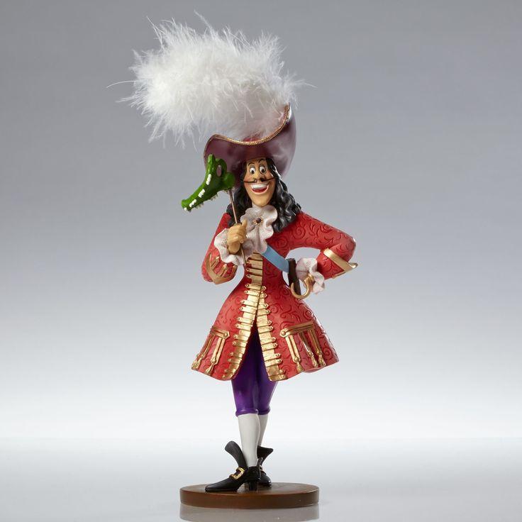 Peter Pan - Captain Hook Masquerade - Walt Disney Showcase Collection - World-Wide-Art.com - #disney #disneyshowcase #figurines #masquerade #peterpan #captainhook