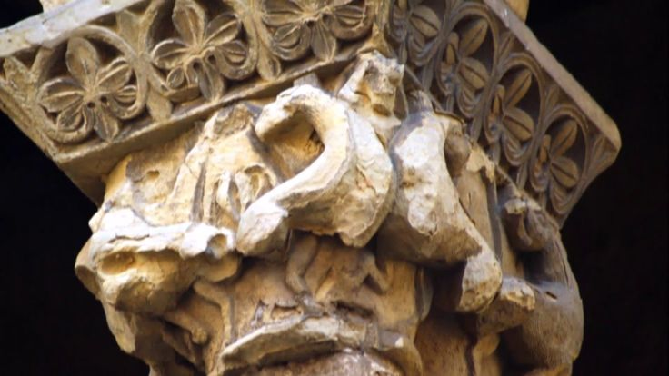 Fotos de: Segovia -  Iglesia de San Martin - Capiteles - Románico
