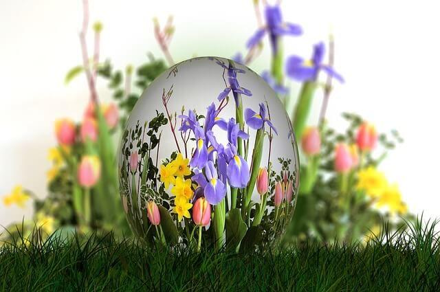 Húsvéti locsolóvers videón virágos, tavaszi fotókkal: nép rigmus, ami víz vagy a kölni mellett a húsvéti locsolkodás elmaradhatatlan kelléke