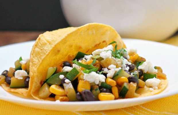Zucchini, Black Bean and Corn Tacos #tacotuesday #tacos