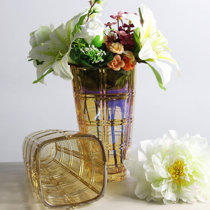 Wholesale vases electroplating glass flower vases and glass vases suppliers,Wholesale vases electroplating glass flower vases and glass vases suppliers,10 years experience in customizing glassware gift,Sedex factory audit passed, buy wholesale vases electroplating glass flower vases and glass vases on www.glassware-suppliers.com