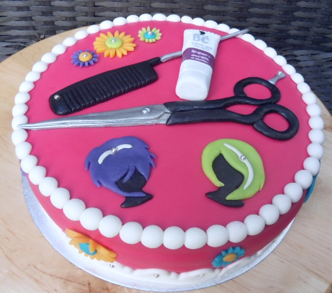 15 best images about Beautician Cakes on Pinterest | Hair ...