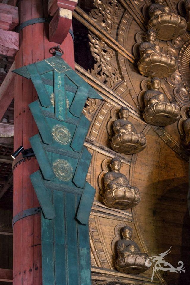 Japan II / Tag 10 / Osaka -  Nara / Riesen-Buddhas und sich verneigende Rehe