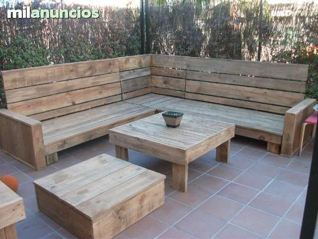 Oltre 1000 idee su sillones esquineros su pinterest for Sillones de madera