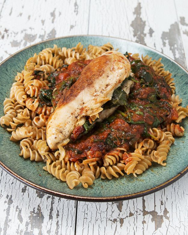 Amazing using our Italian Hearts Pasta Sauces! Sun-Dried Tomato And Spinach-Stuffed Chicken | This Sun-Dried Tomato And Spinach-Stuffed Chicken Will Make Your Tastebuds So Happy