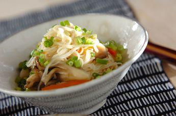 ベーコンとマイタケの素麺炒め