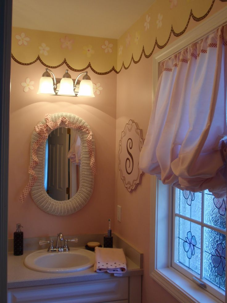 little girls bathroom ideas 25 best ideas about bathrooms on 20385