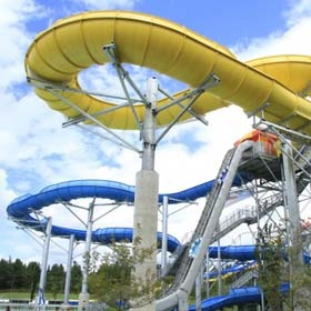 Get Wet and Wild at Canada's Biggest and Best Water Park |