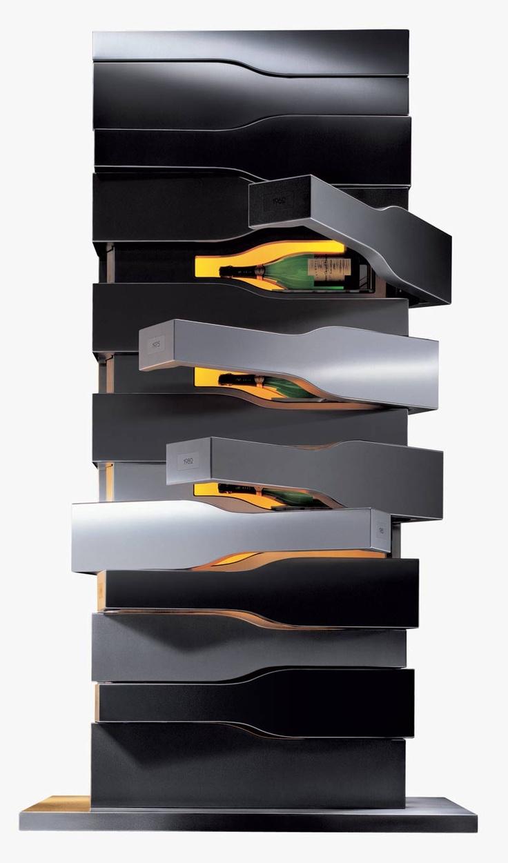 Vertical Limit är handgjord i borstat rostfritt stål, skapad av Porsche Design exklusivt för Veuve Clicquot. Den håller de utsökta flaskorna kylda på exakt samma temperatur som Veuve Clicquots källare i Reims. 12°C, vilket också är perfekt för en provning. Endast producerad i 15 exemplar.