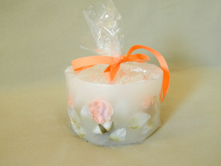 handmade / candle / romantic / vanilla flavor @kirofos