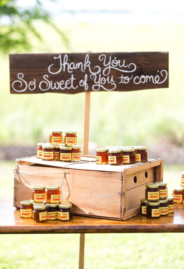 Sweet of you to come, honey wedding favors, adorable // Reese Moore Photography