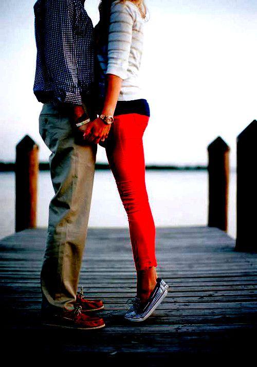 szerelmes pár a stégen