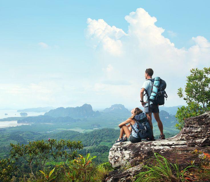 La mejor universidad es el viajar. Paulo Coelho