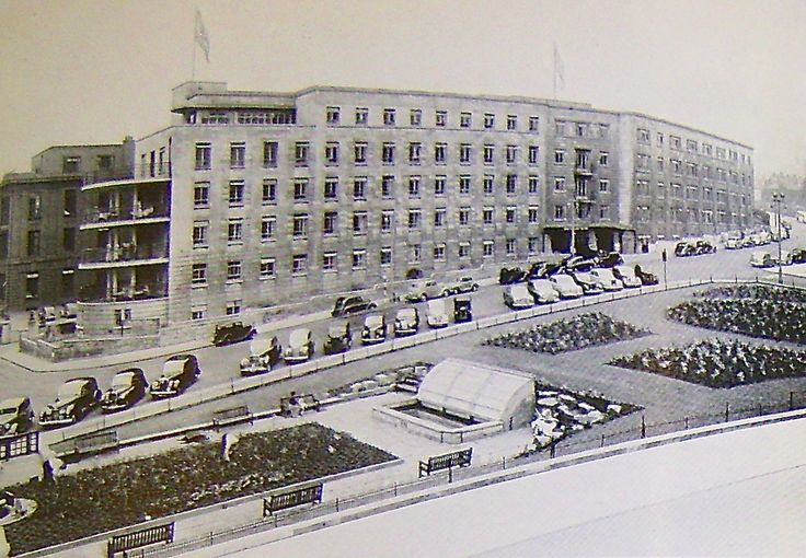 Brotherton Wing, Leeds General Infirmary, late 1940s. Completed in 1940 it accommodated private patients and a modern outpatients department. Brochure advertising School of Nursing, General Infirmary at Leeds late 40s.