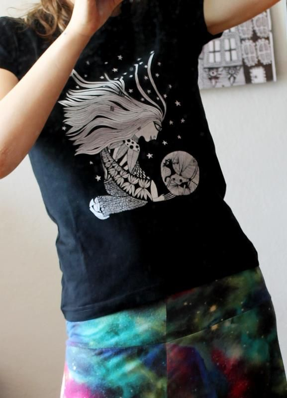 Night Talking With A Cat t-shirt - by Luiza Poreda