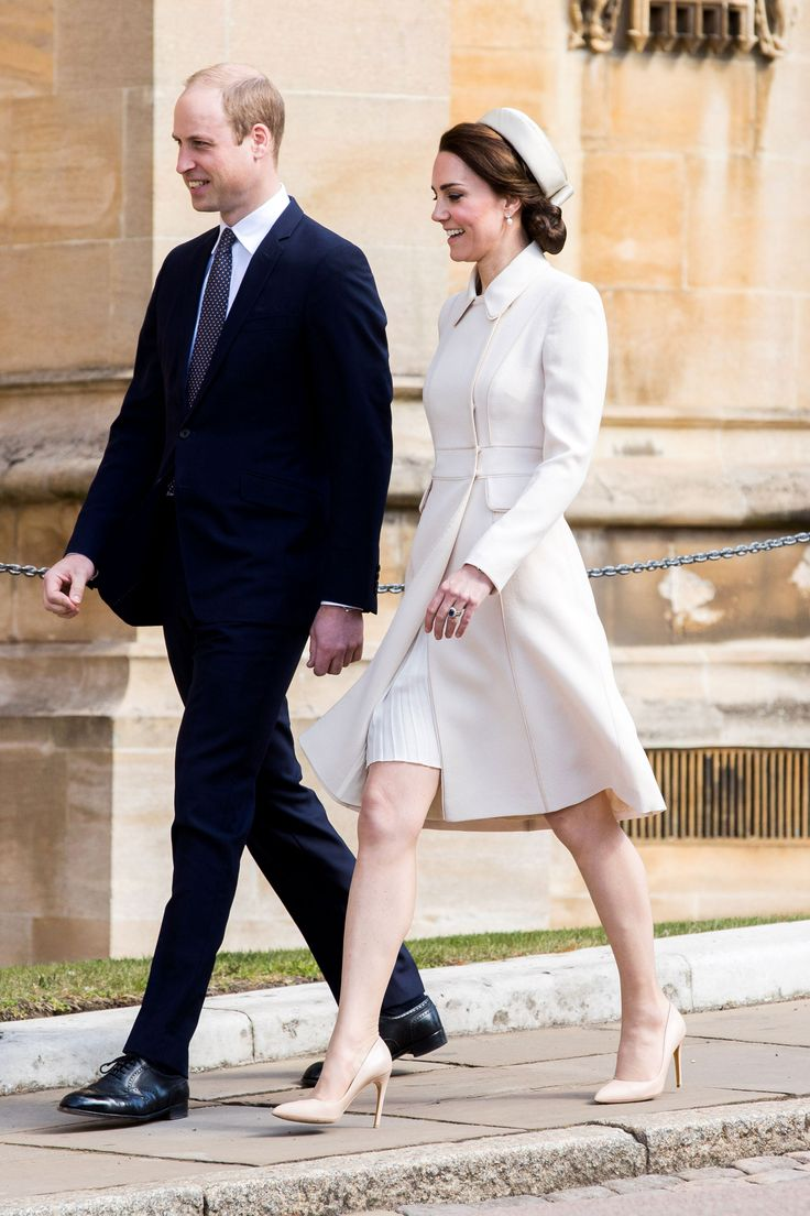 Prince William, Duke of Cambridge and Catherine, Duchess of Cambridge attend the Easter Day service at St George's Chapel on April 16, 2017 in Windsor, England.