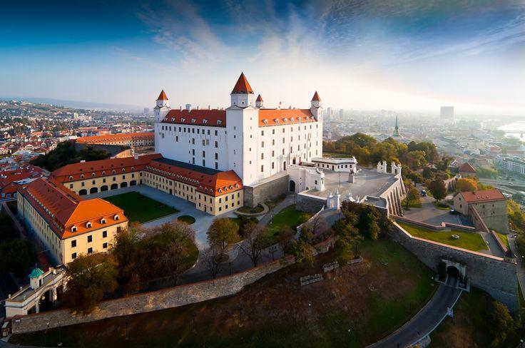 bratislavsky-hrad.jpg (1200×796)