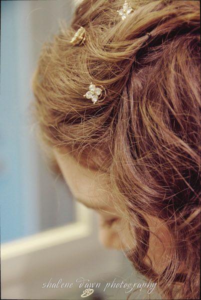 Shalene Dawn Photography | Bride Hair Preparation Detail