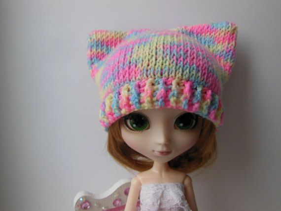 Hey, I found this really awesome Etsy listing at https://www.etsy.com/ru/listing/500875198/hand-knitted-hat-for-pullip