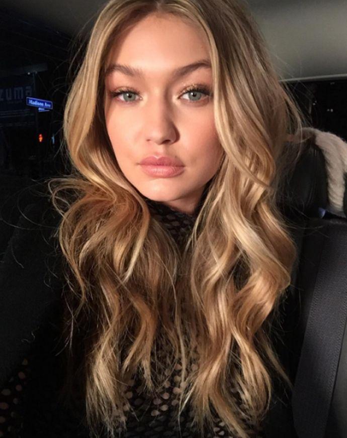 As makes iluminadas de Gigi Hadid no Instagram
