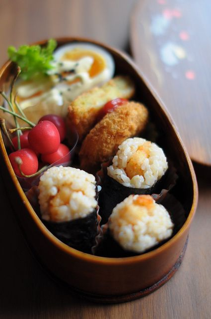 Tenmusu (Shrimp Tempura Omusubi Rice Balls) Bento Lunch by babykins