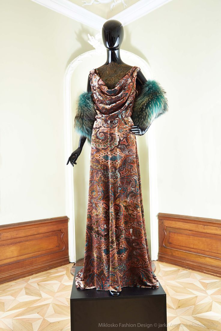 4. MFD Brown ornamental ball gown with emerald green fur stole. www.mikloskofashiondesign.sk
