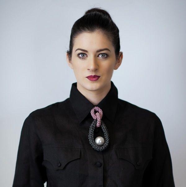 Hand-crochet leather necklace byyvonne