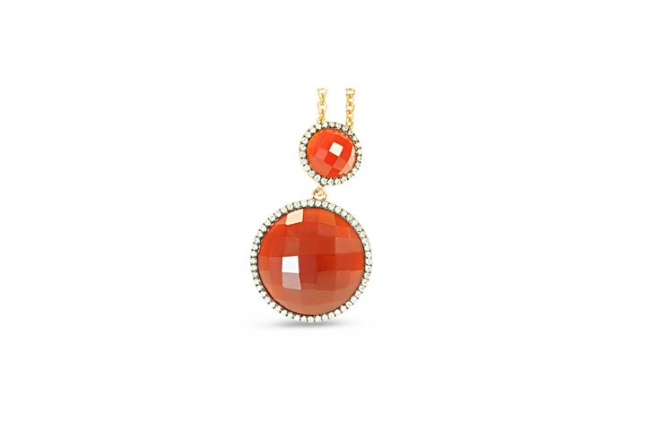 18 ct rose gold red agate pavé set with white diamonds