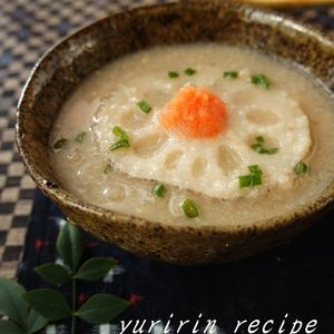 れんこん味噌スープ+by+ゆりりんさん+ +レシピブログ+-+料理ブログのレシピ満載! すりおろしたれんこんのスープです。 とろみがついて、体もしっかり温まります。 生姜も加えて風邪予防にもオススメです。
