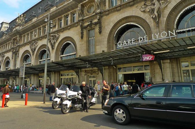Private Transfer: Paris Railway Station to Hotel Book your transfer from any Paris railway station (Gare du Nord, Gare d'Austerlitz, Gare de l'Est, Gare de Lyon, Gare Saint-Lazare, Gare Montparnasse) to your hotel. Enjoy high-quality service with a professional driver who will meet you at the station on the platform with a name plate.Book a private transfer from any Paris railway station to any destination in Paris in a comfortable vehicle.When booking your transfer, please ad...