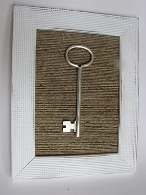 Frame with jute background