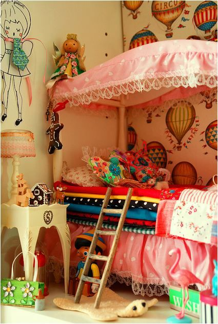 hot air balloon wallpaper, princess and the pea bed with mini ladder