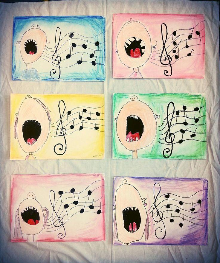 při zpěvu