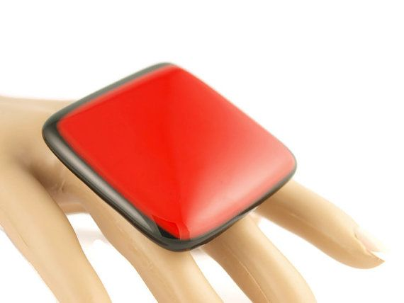 Red and Black Glass Statement Ring by SylviaTevlinDesigns on Etsy