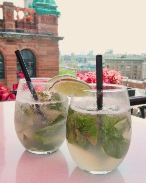 Hotel Place d'Armes, Montreal rooftop bar